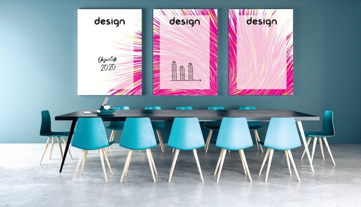 Série de 3 tableaux personnalisés, installés sur le mur d'une salle de réunion